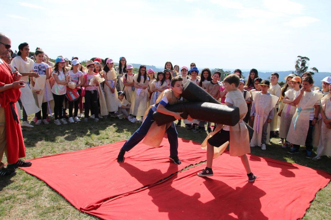 """500 alunos de Paços de Ferreira vestiram """"a pele de um guerreiro"""